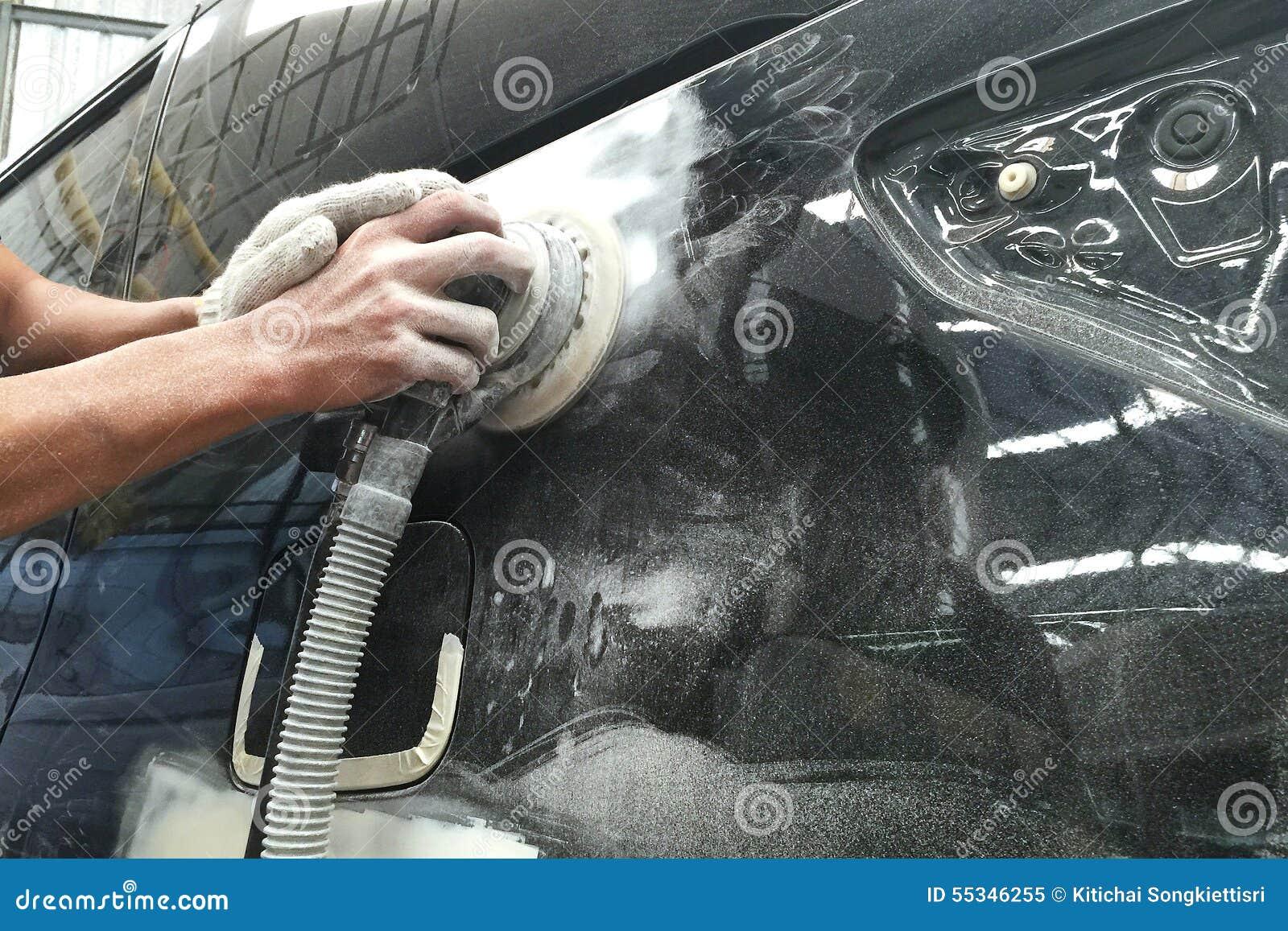 Auto de Reparatieverf van de autocarrosserie na het ongeval