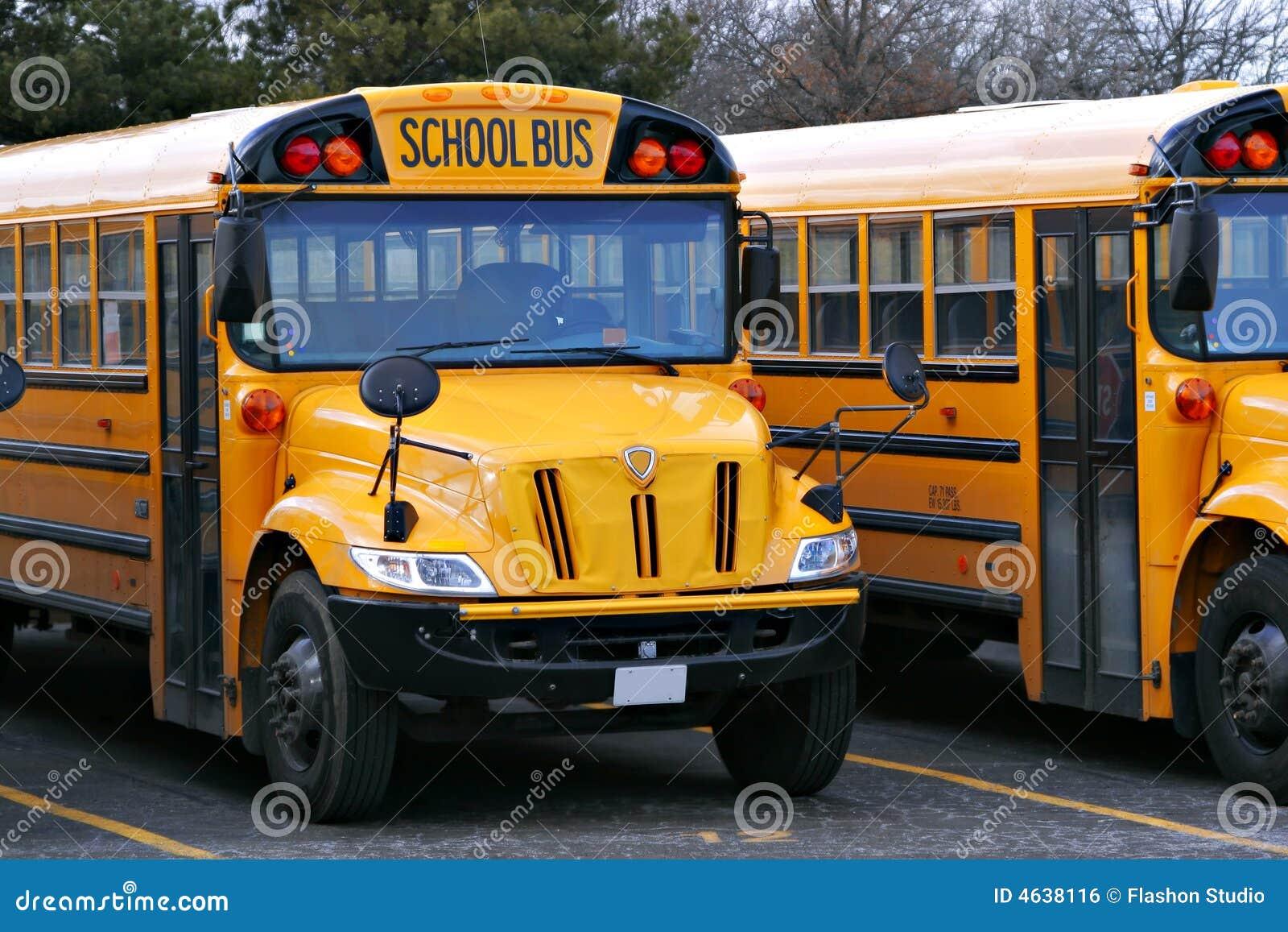 Auto escolar amarelo