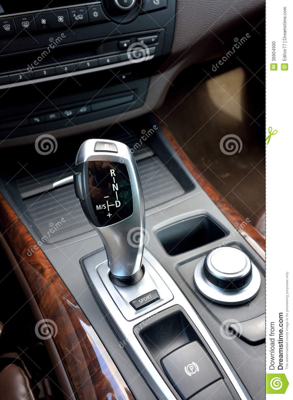 how to change gear in automatic car