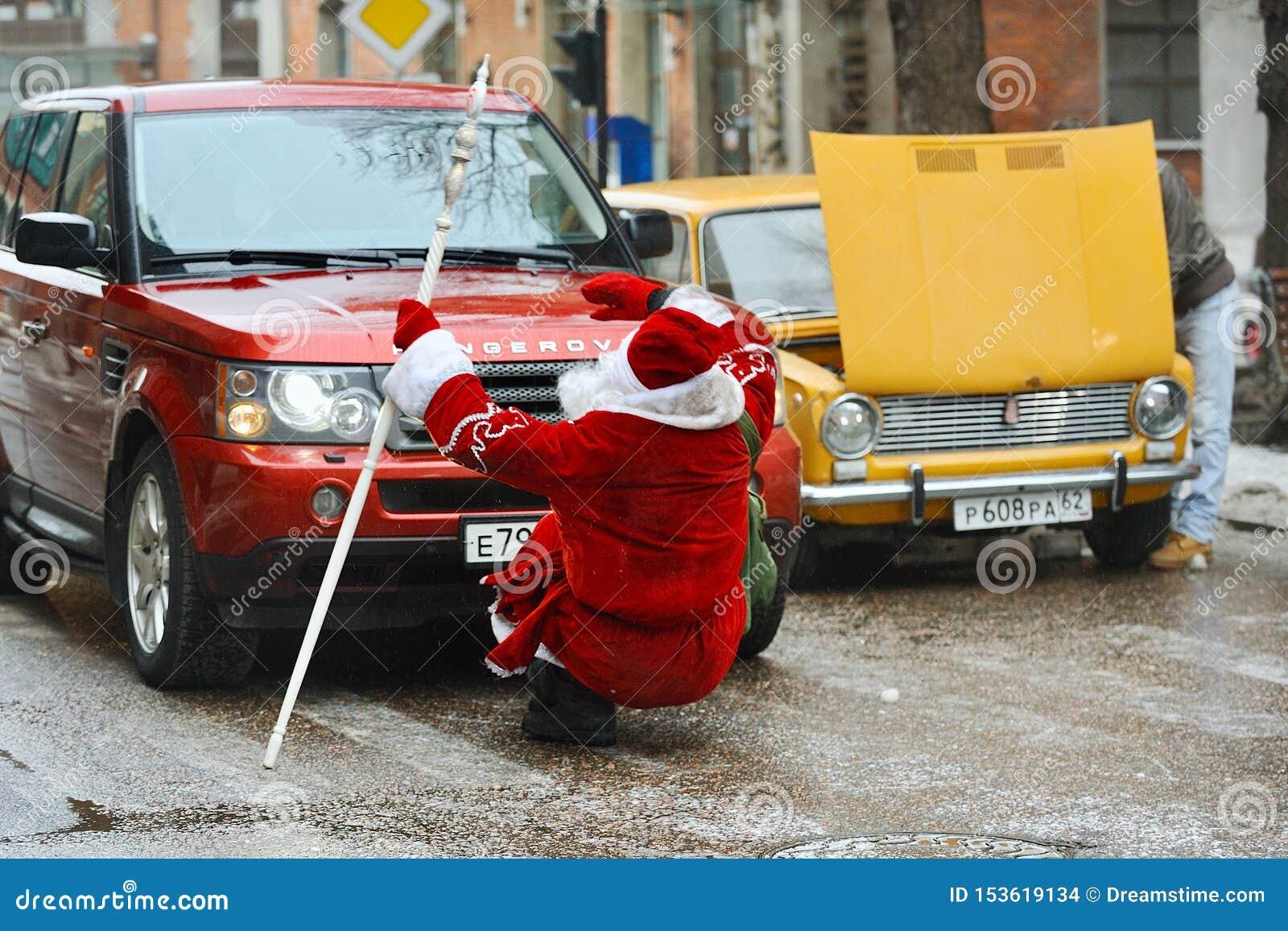 Auto geklopte Santa Claus