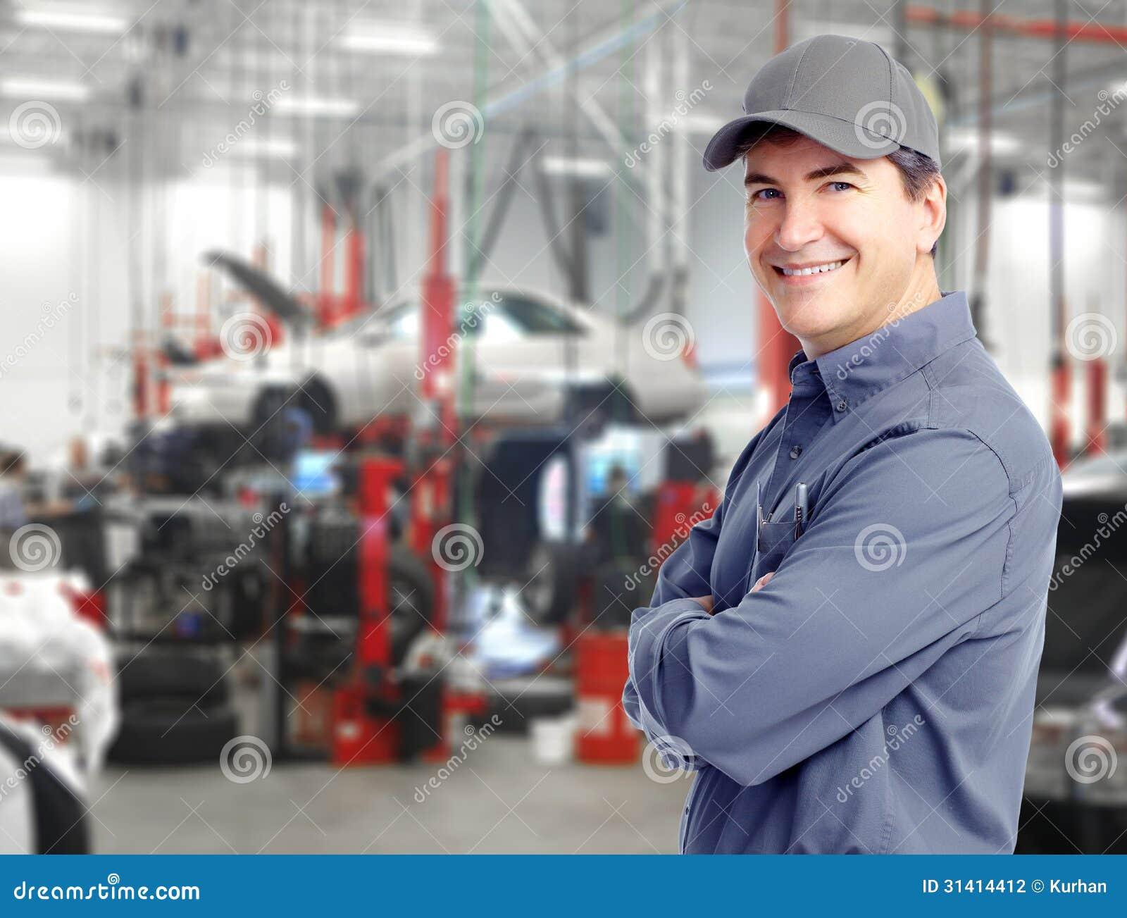 Auto mechanik.