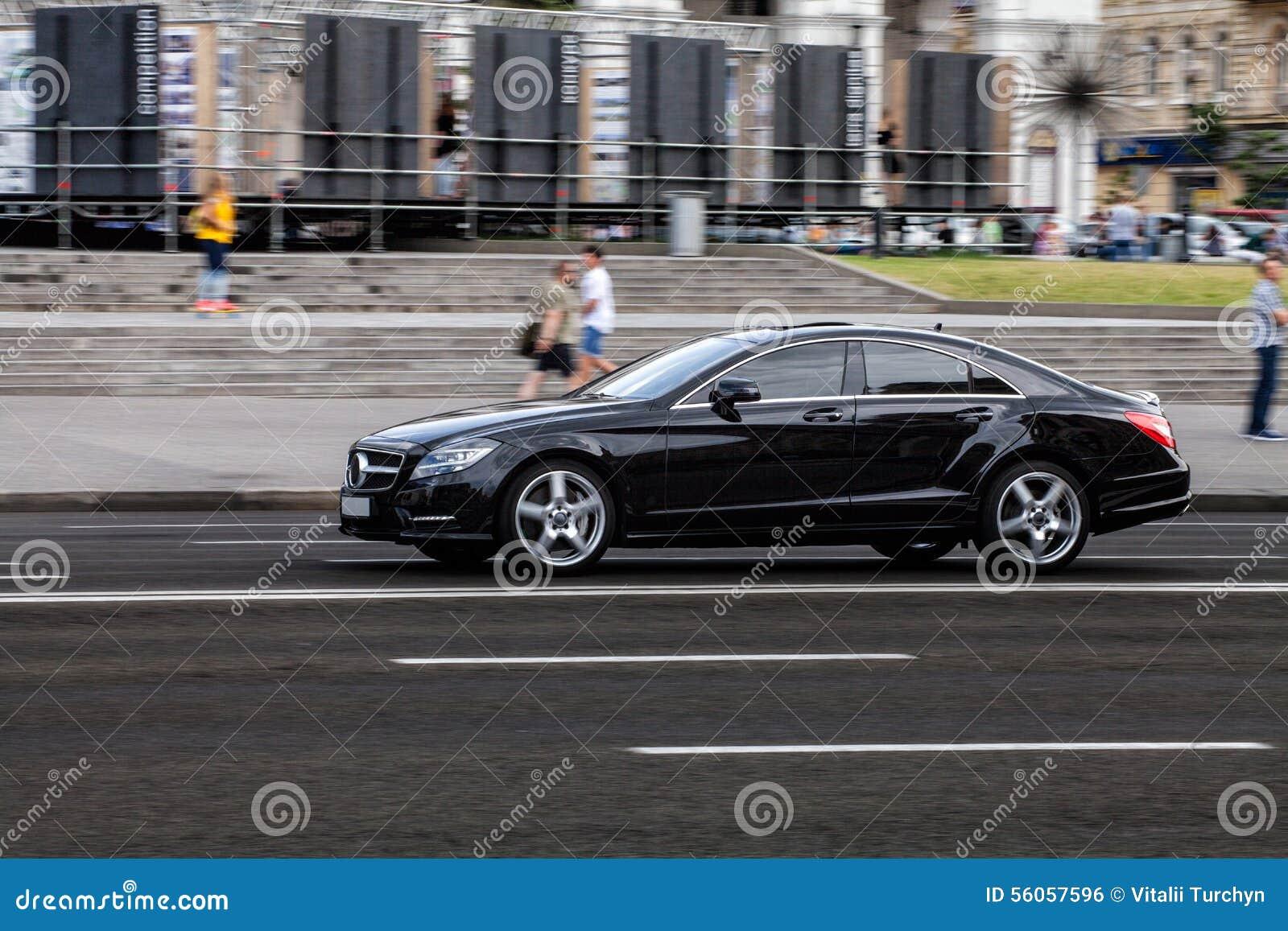 Auto in motie