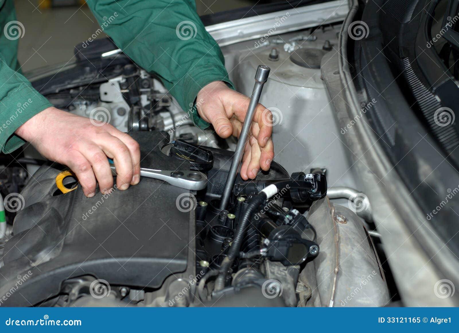 Auto Repair Shop Royalty Free Stock Photo Image 33121165: motor vehicle repair