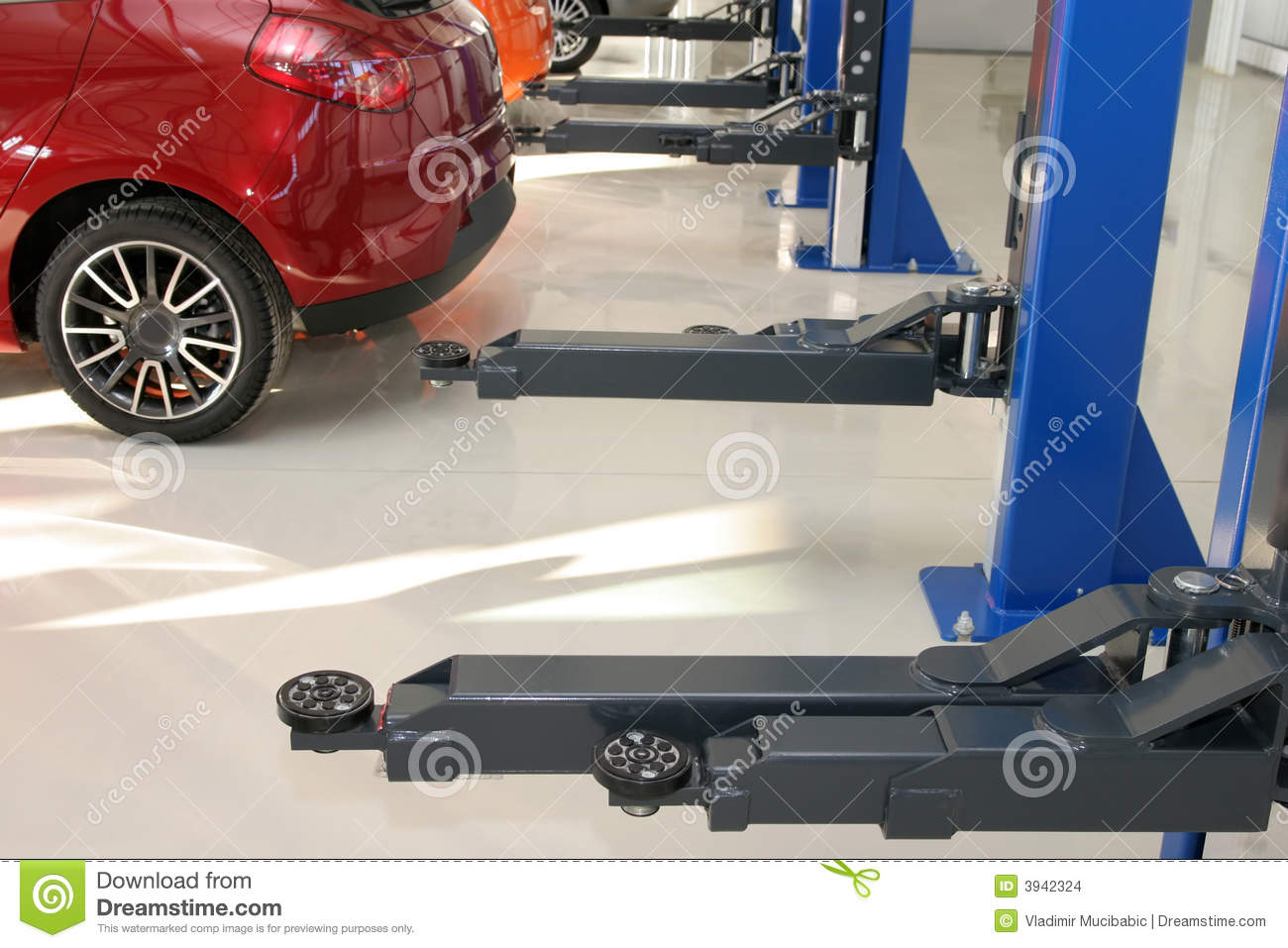 Auto repair workshop