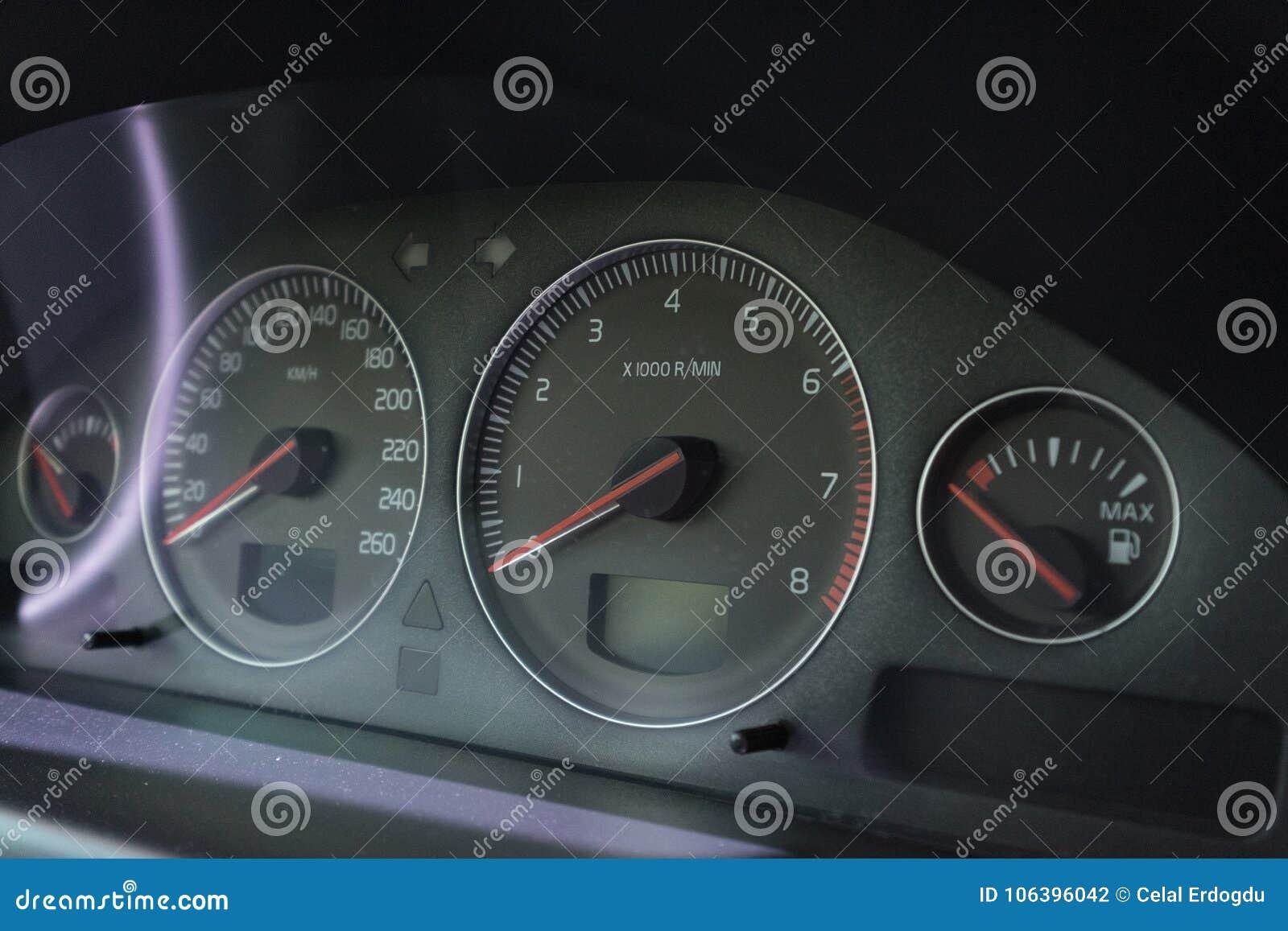Entfernungsmesser Für Auto : Auto zeigt innenentfernungsmesser platte geschwindigkeits