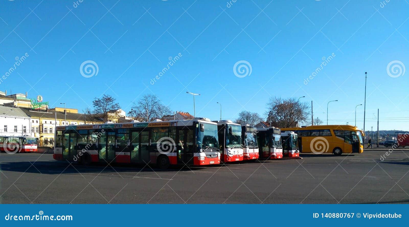 Autobus de transport en commun de ville à Prague