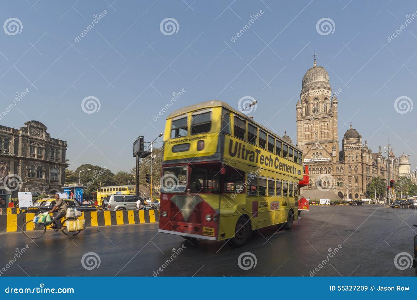 Autobus public de MUMBAI/INDIA le 19 janvier 2007 - Mumbai près de Victoria