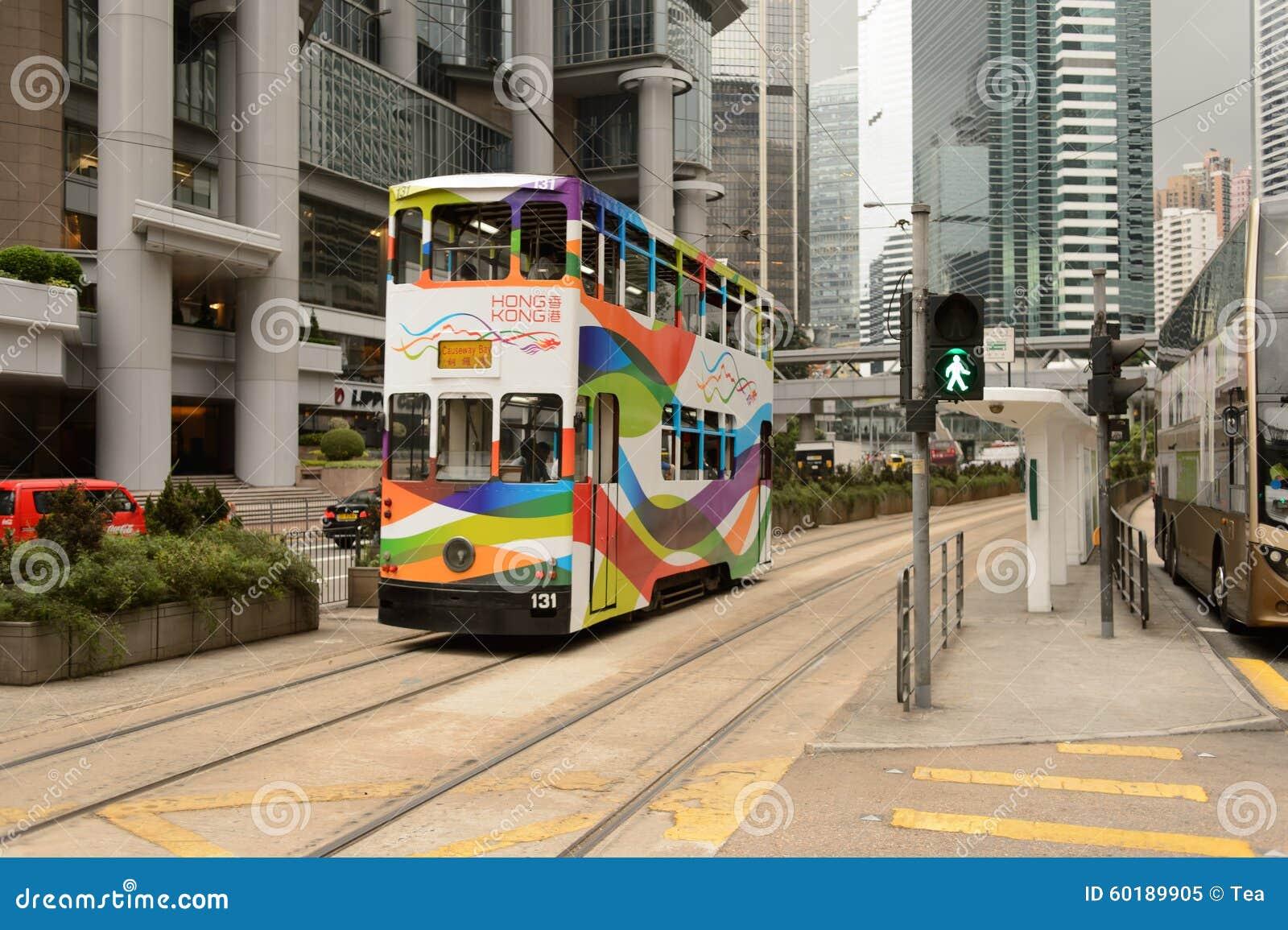 Autobusu piętrowego tramwaj na ulicie HK