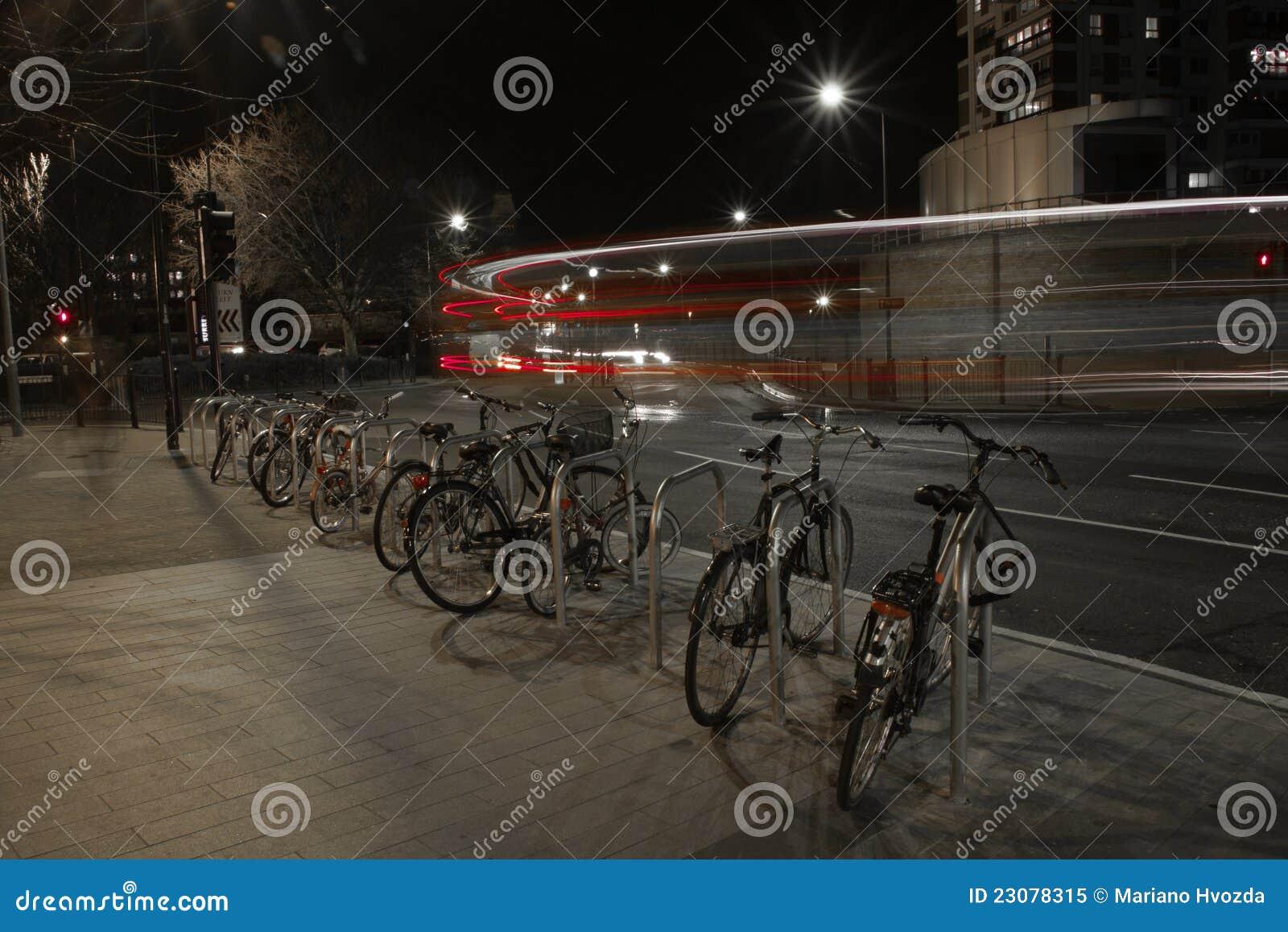 Autobusy i Bicykle