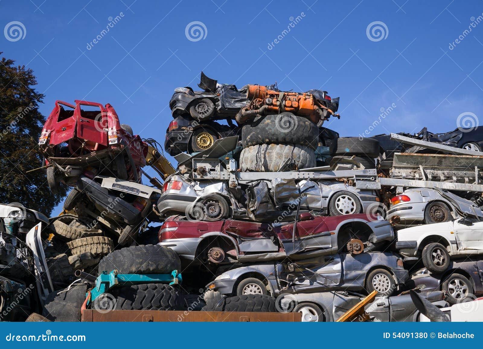 Autokerkhof voor verouderde auto s