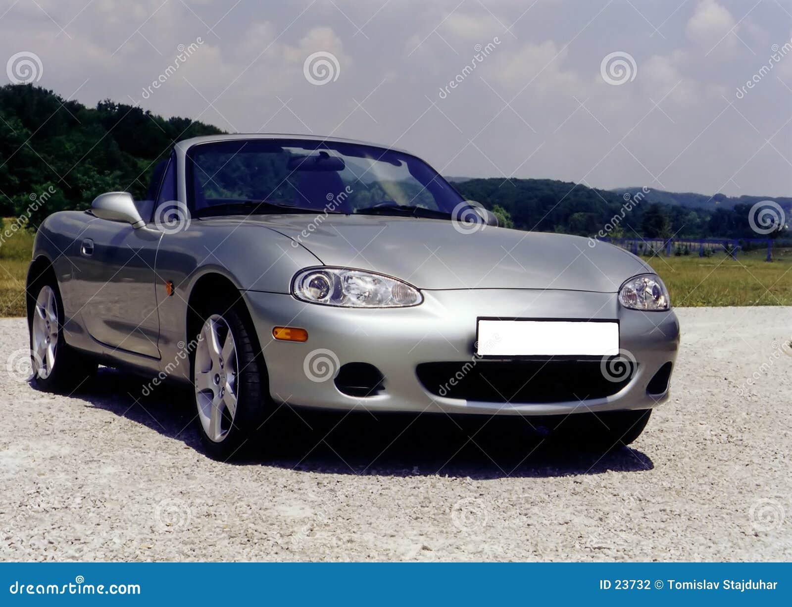 Automóvil descubierto de Mazda mx-5