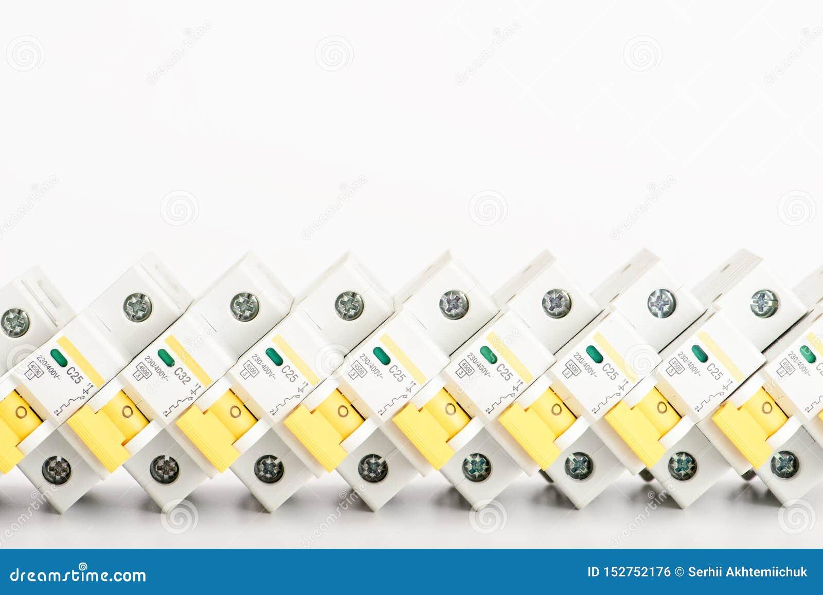 Automatyczni obwodów łamacze, groszaka sedna pojedynczy kabel Akcesoria dla bezpiecznej i bezpiecznie elektrycznej instalacji ele
