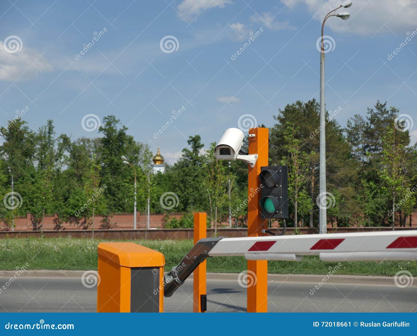 Automatyzujący samochodowy parking z CCTV CCTV kamery tablica rejestracyjna