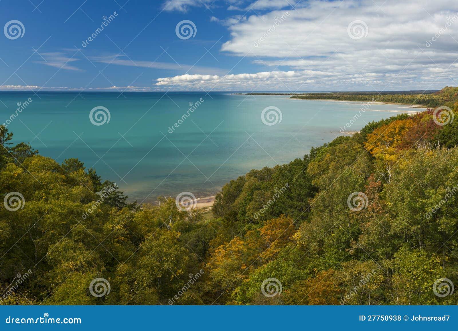 Automne de Michigan de lac