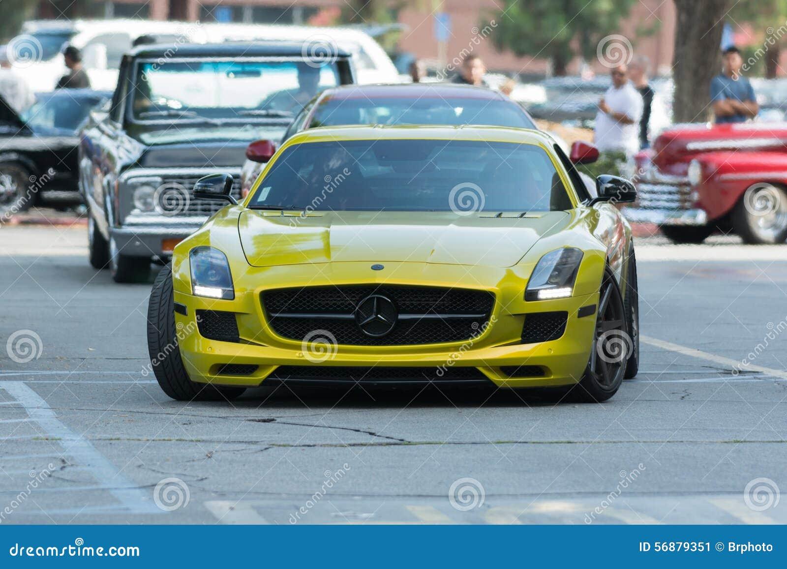 Automobile di Mercedes-Benz SLS AMG GT su esposizione