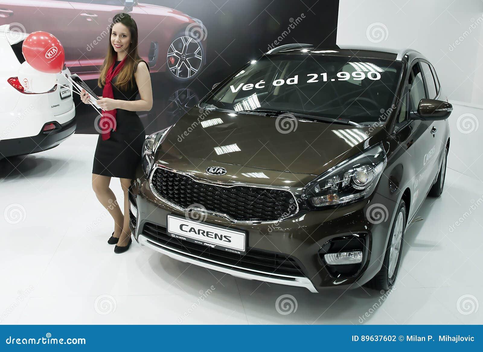 Automobile KIA Carens