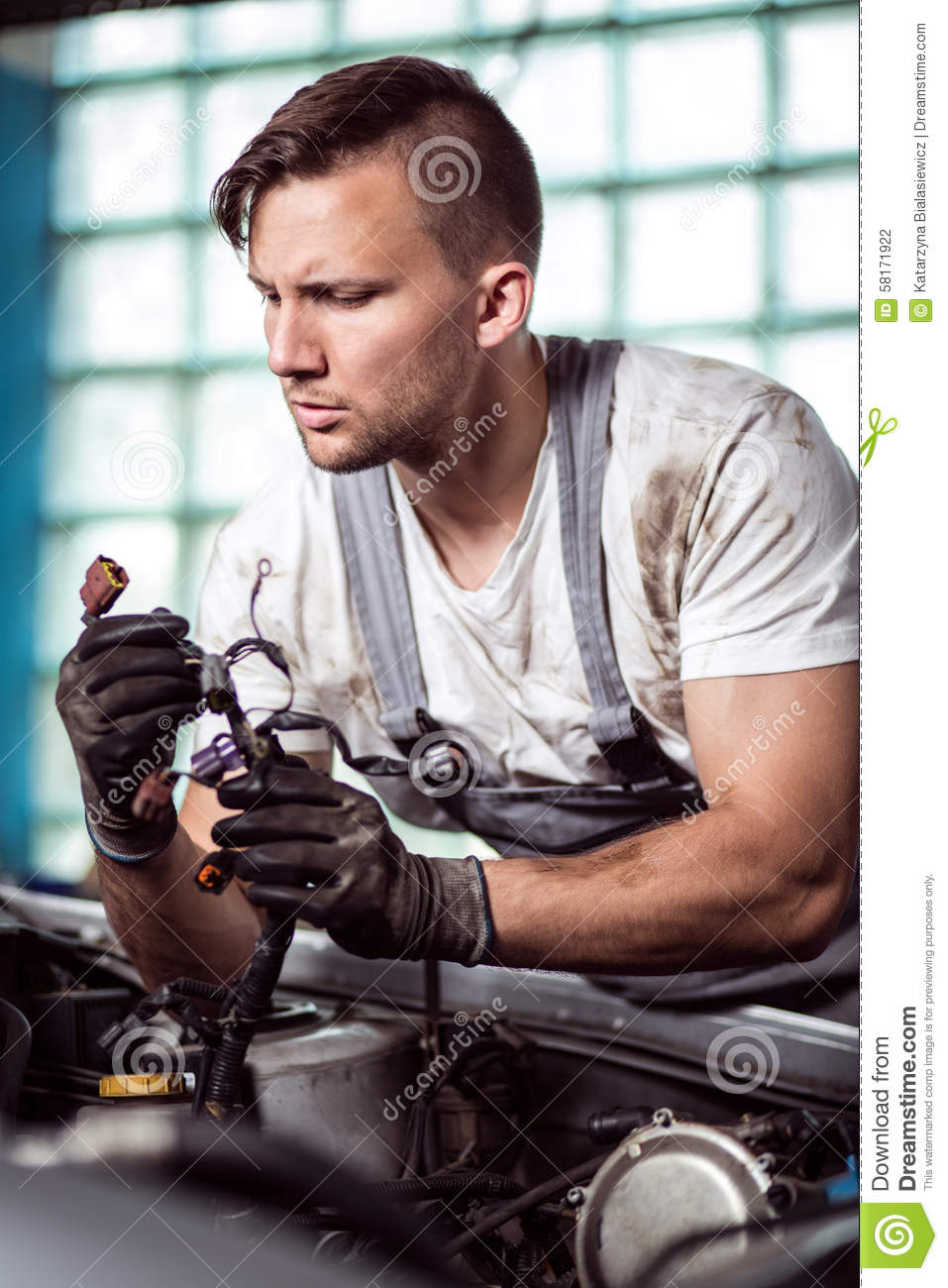 Automobile Repair Shop Worker Stock Photo - Image of ...