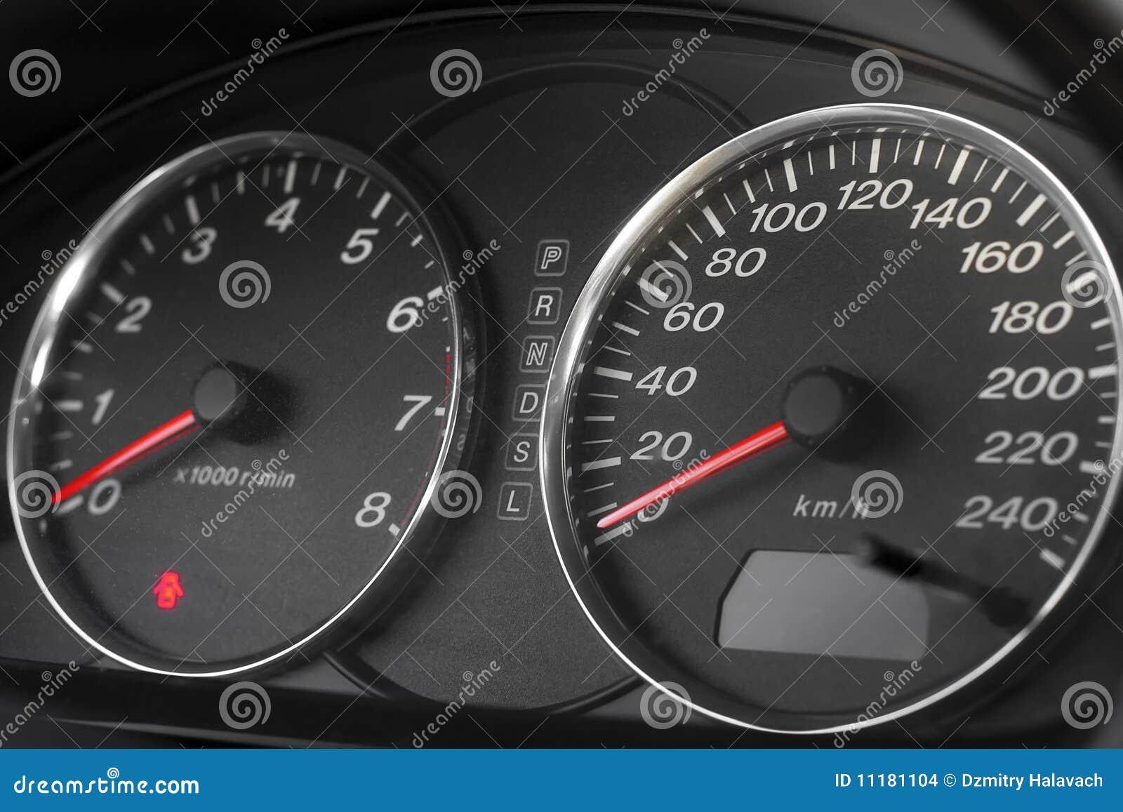 Automobile speedometer