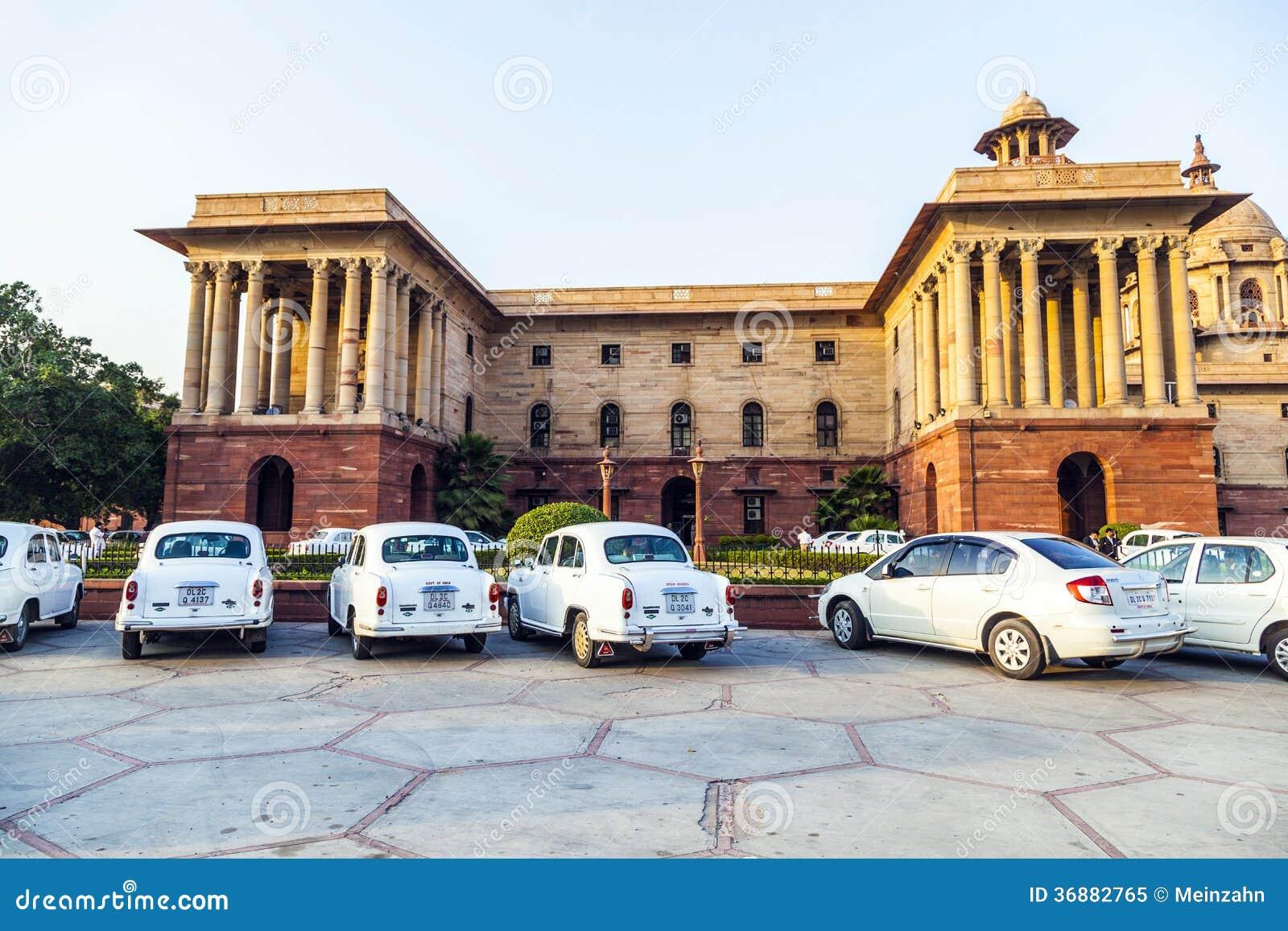 Download Automobili Di Ambasciatore Di Hindustan Del Funzionario Immagine Editoriale - Immagine di funzionario, limitato: 36882765