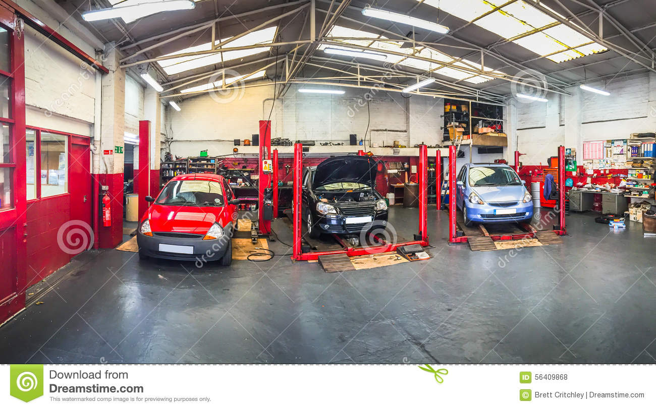 Auto Repair Garage Floor Plans: Automotive Car Repair Shop Stock Photo. Image Of Retro