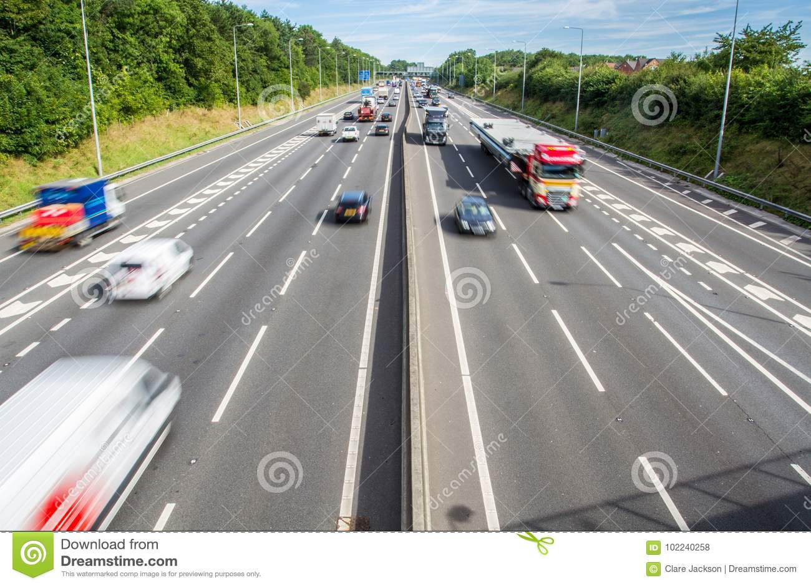 Autoroute BRITANNIQUE occupée