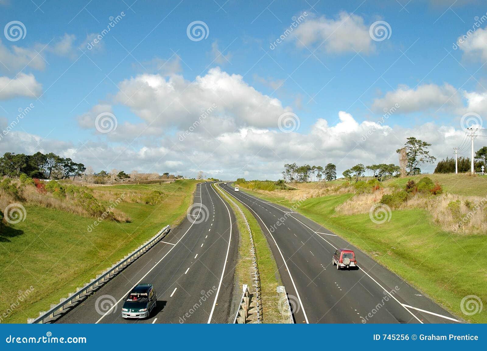 Autoroute dans le pays