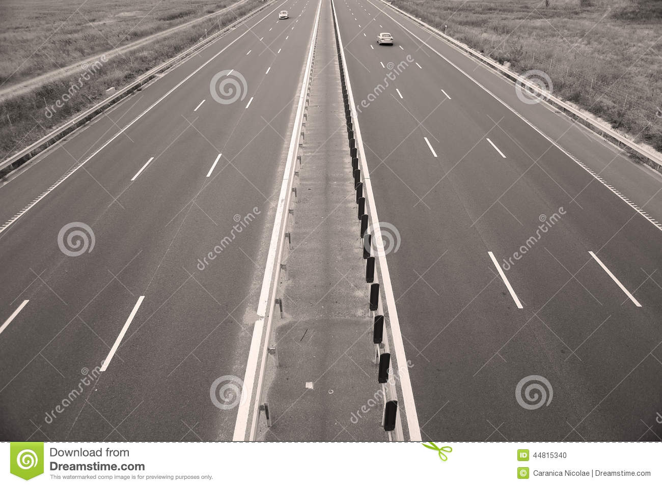 Autoroute vue d 39 en haut photo stock image du voies for Table vue de haut
