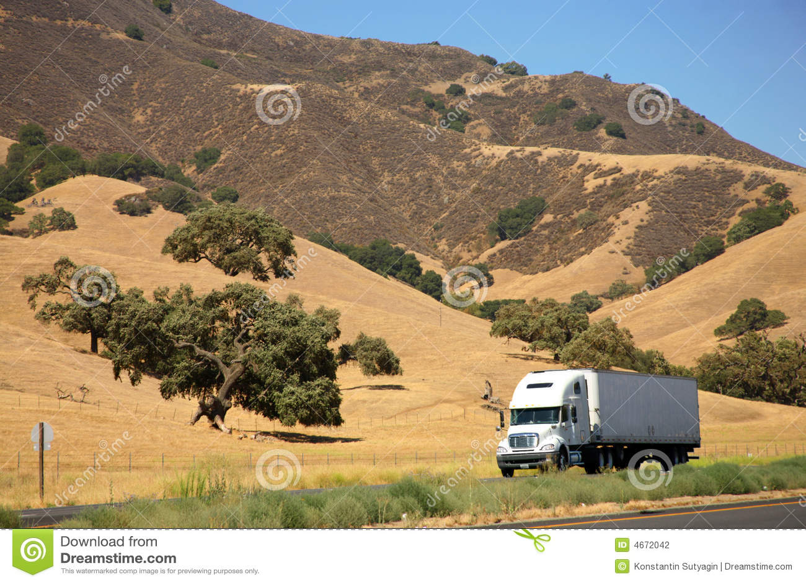 Autostradą ciężarówka