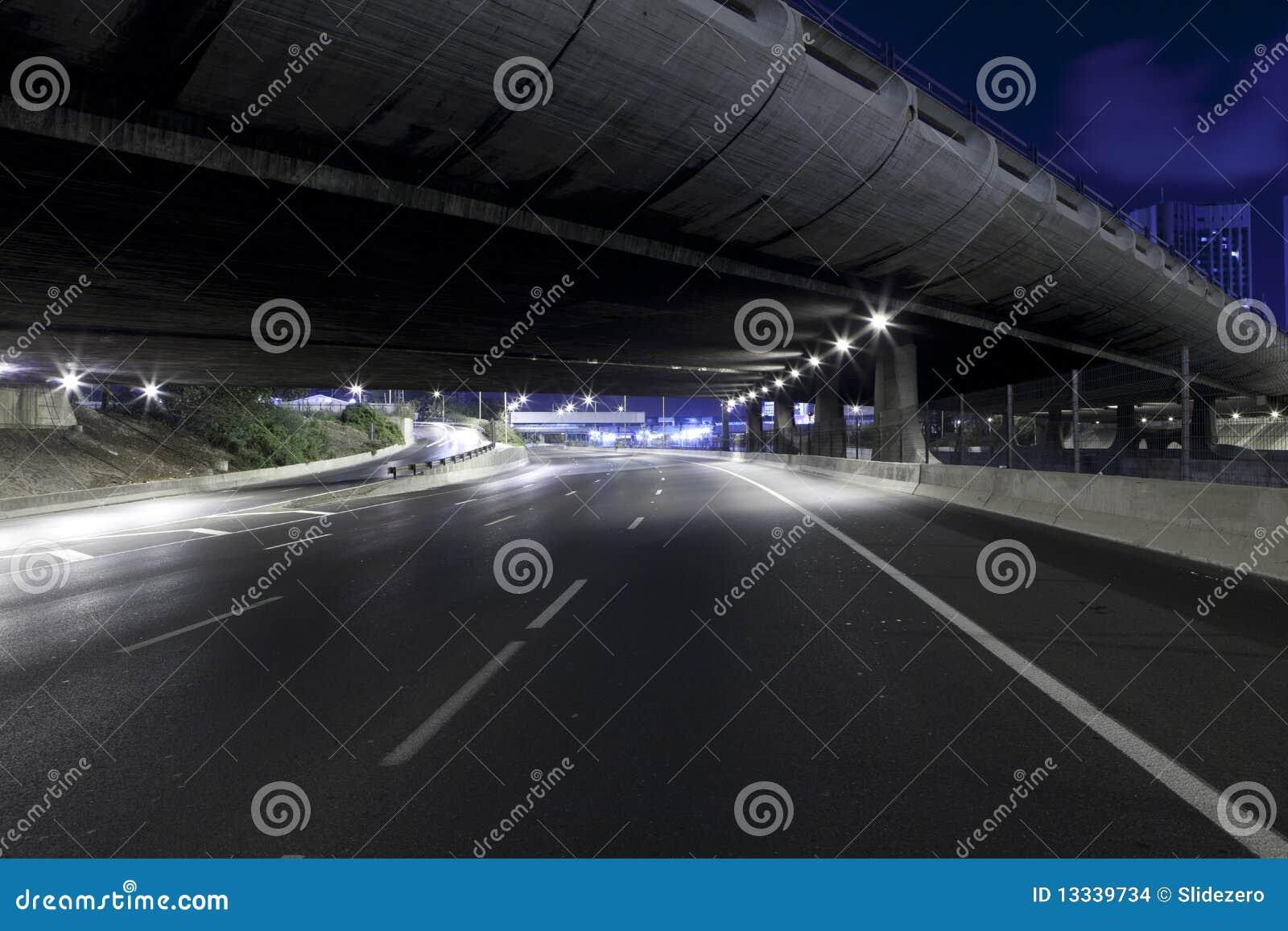 Autostrady noc