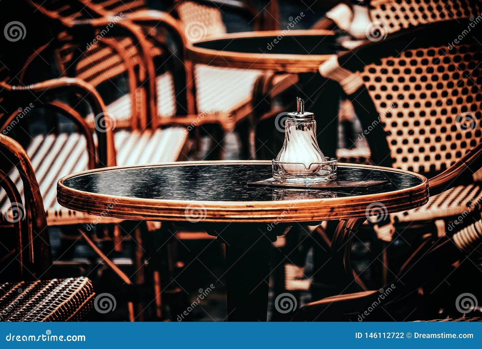 Autumn Cafe: Wartebesucher