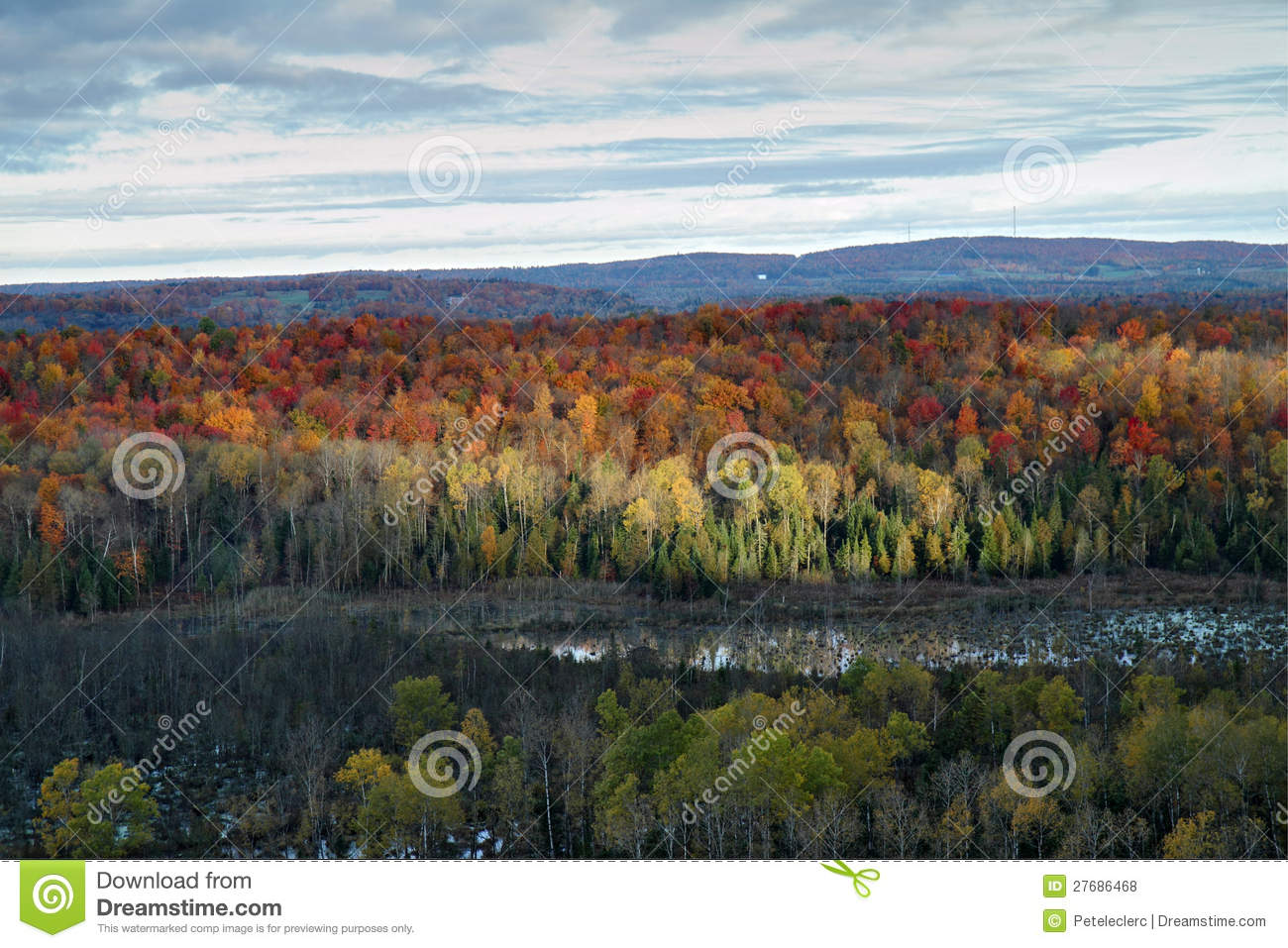 Autumn in the mountains of Sherbrooke