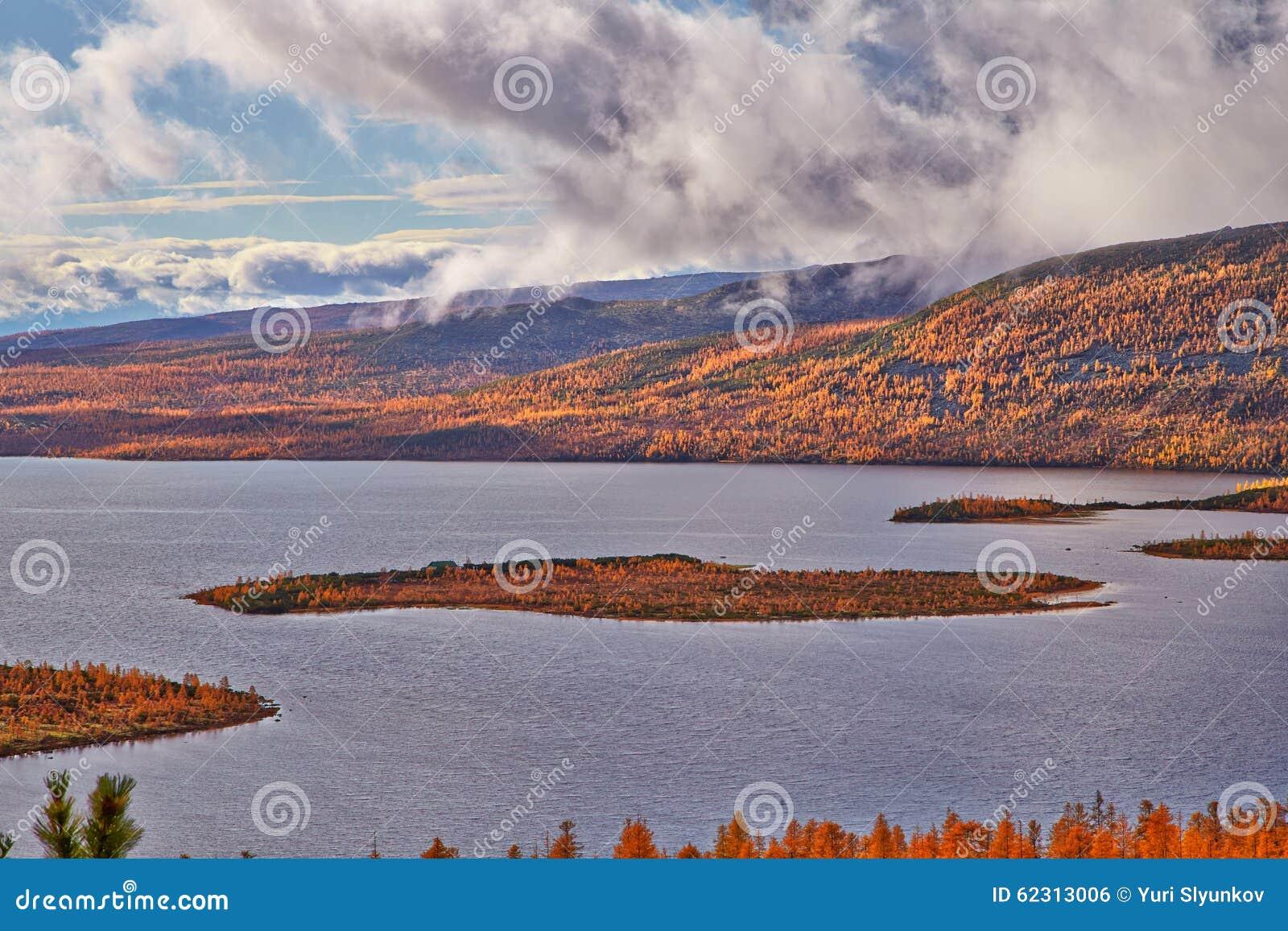 Autumn. After a rain. Jack London s lake