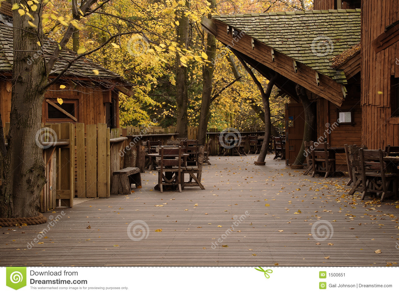Autumnal View Of Alnwick Garden Treehouse Stock Image - Image of ...