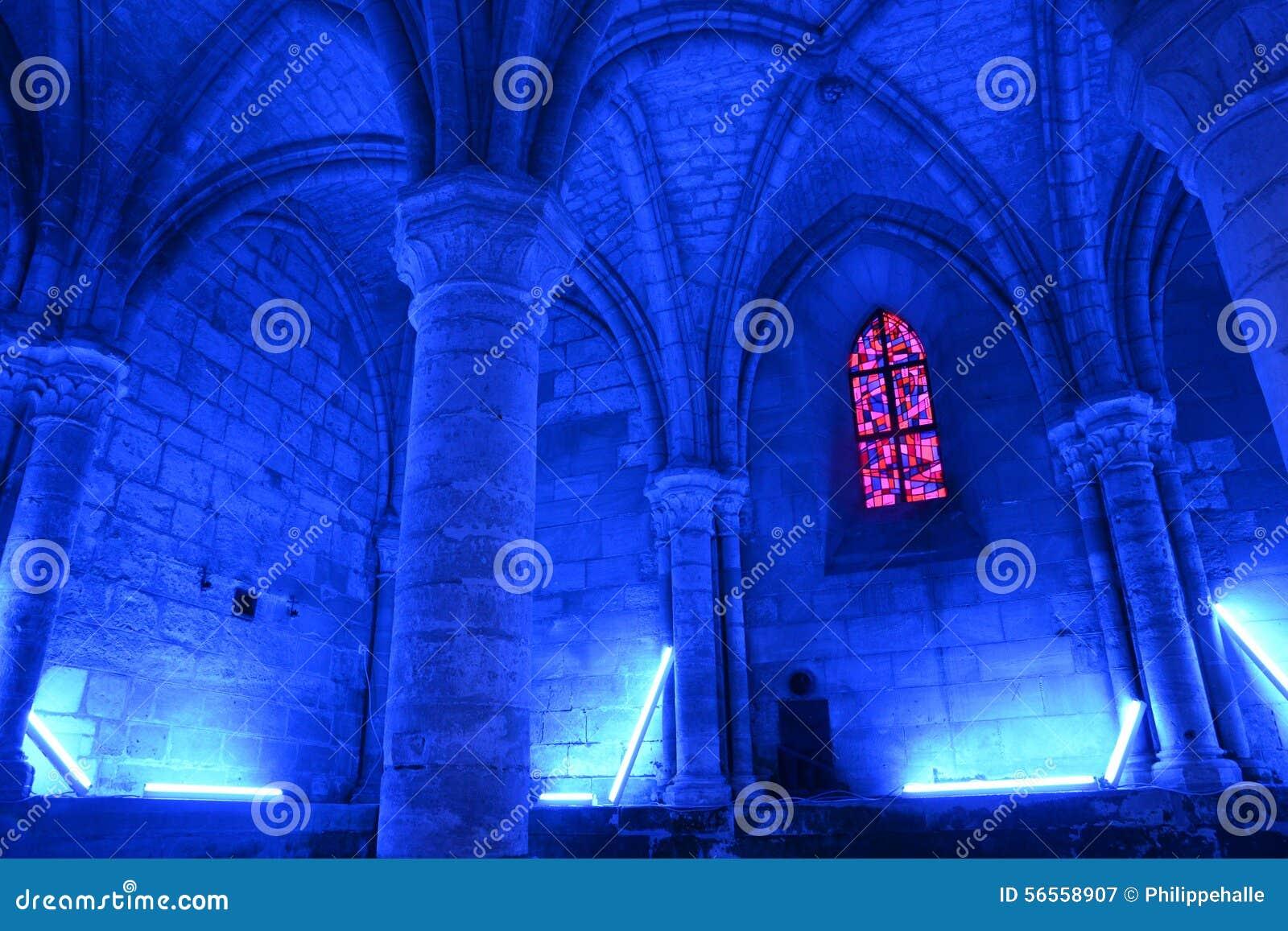 Download Aux χωριό της Γαλλίας Jean Picardie Άγιος Bois Στοκ Εικόνα - εικόνα από άγιος, εκκλησία: 56558907