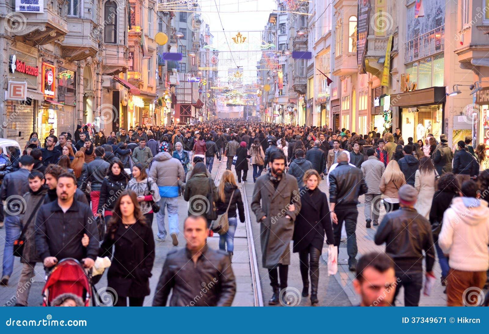 Av ställena besökte mest vid turister, den Istiklal gatan, cloen