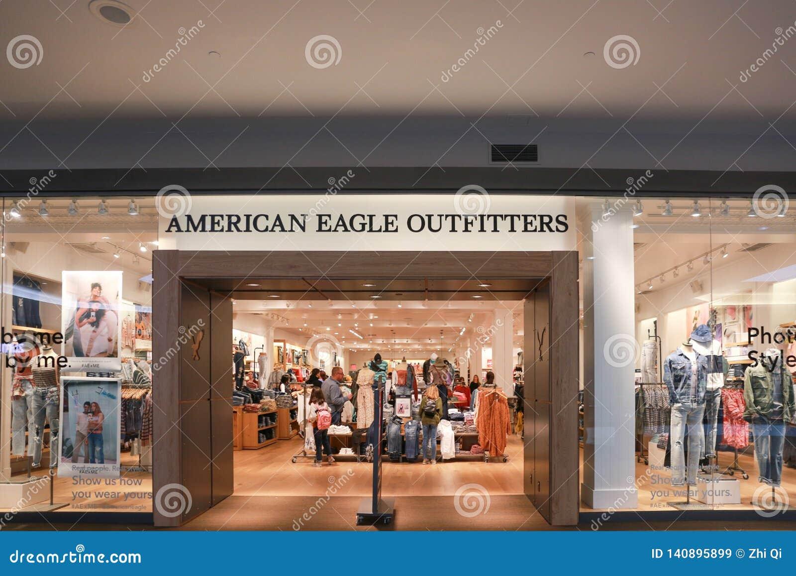 Avant de magasin de fournisseurs d Eagle d Américain