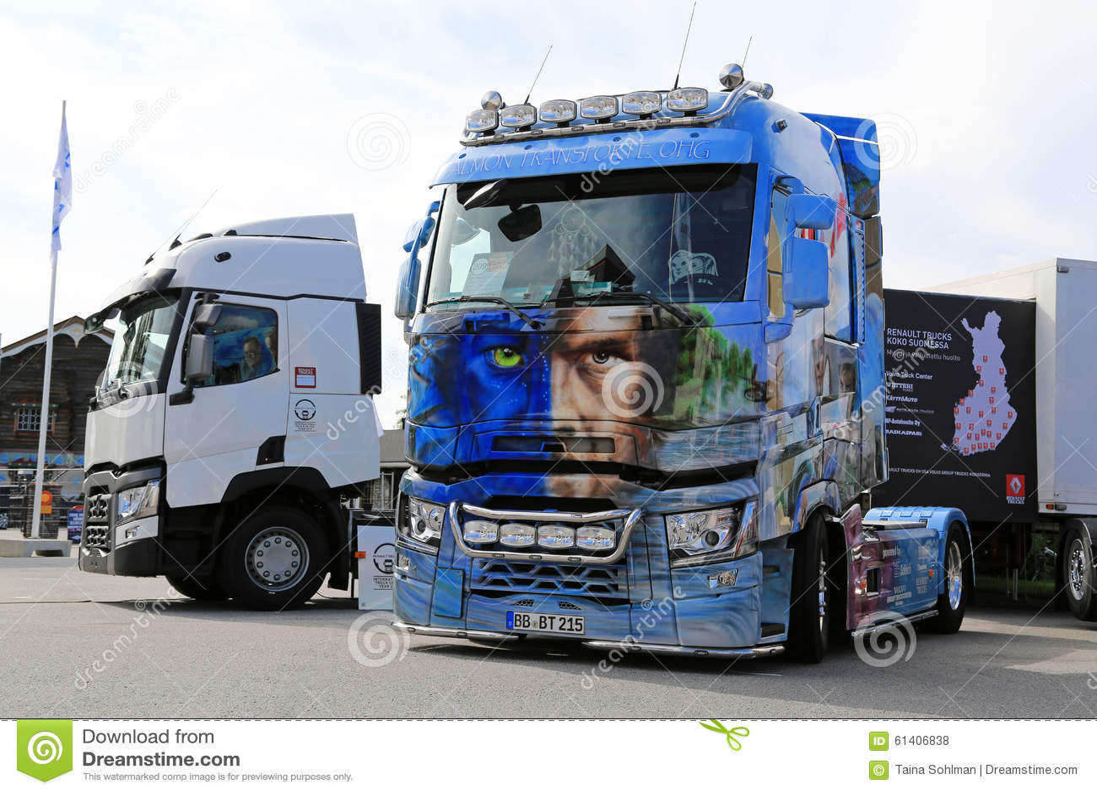avatar de renault trucks t sur l 39 exposition de camion de puissance photo stock ditorial image. Black Bedroom Furniture Sets. Home Design Ideas