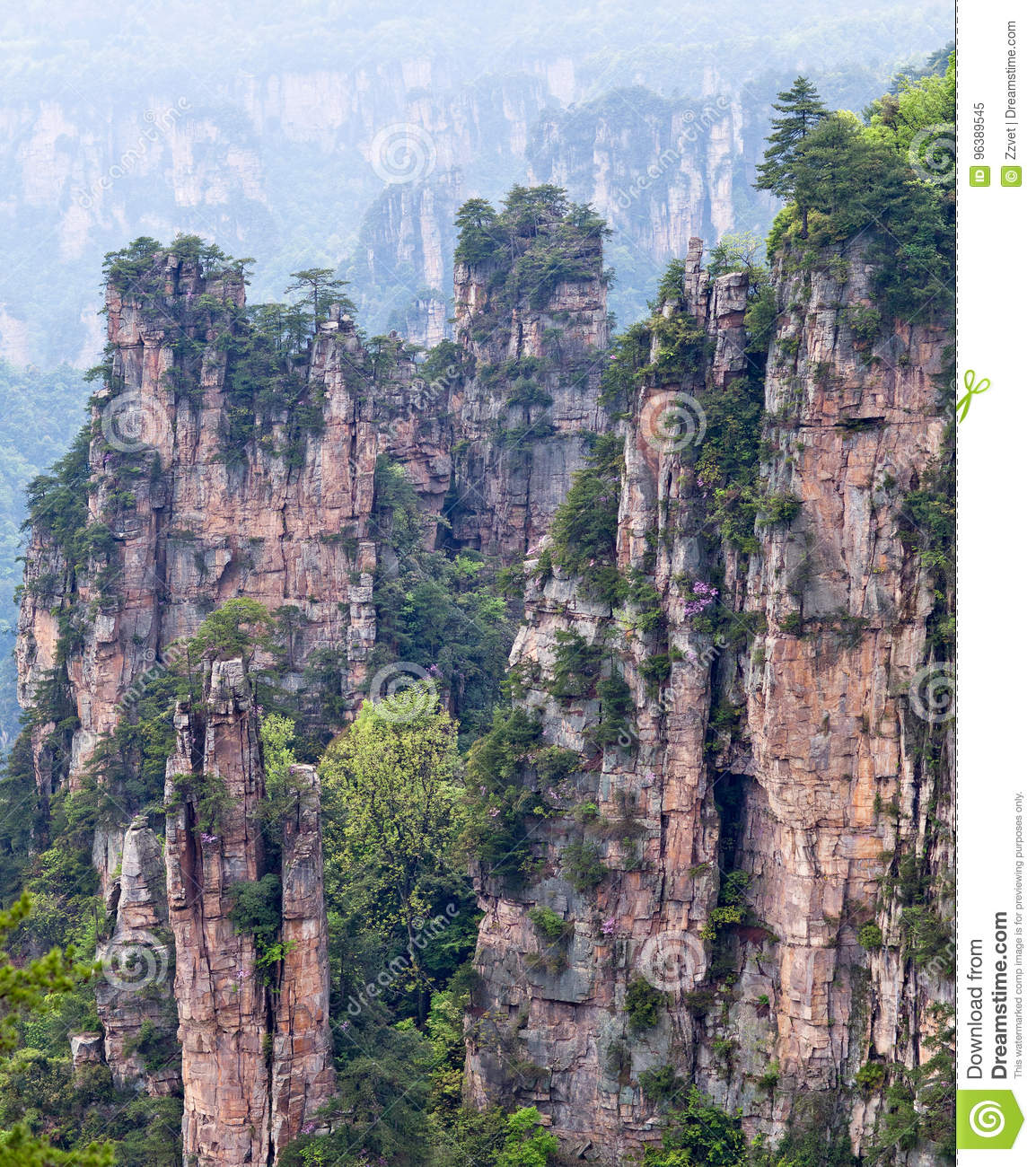 Avatar Drijvende Bergen in Zhangjiajie Nationaal Forest Park, China