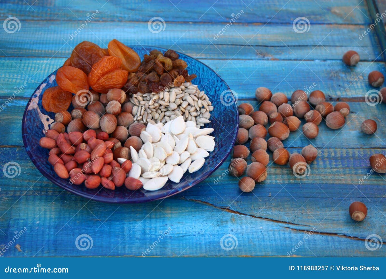 Avellanas secadas semillas Nuts de las frutas