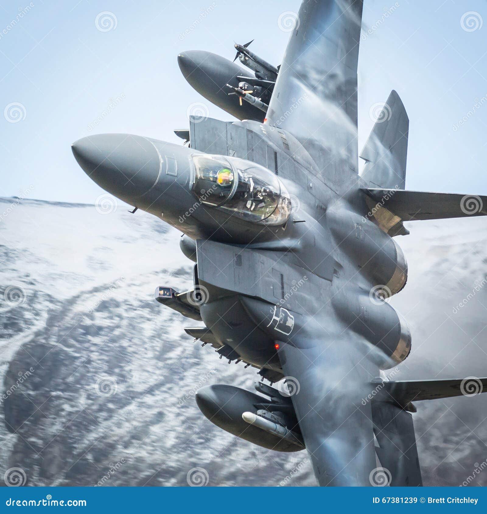 Avião de combate americano F15
