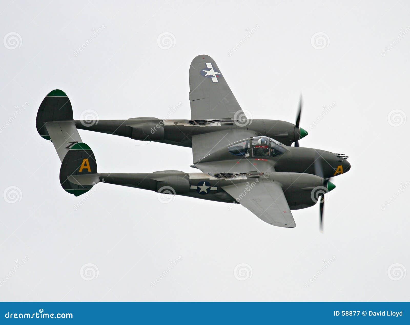 Avião de combate do relâmpago P-38