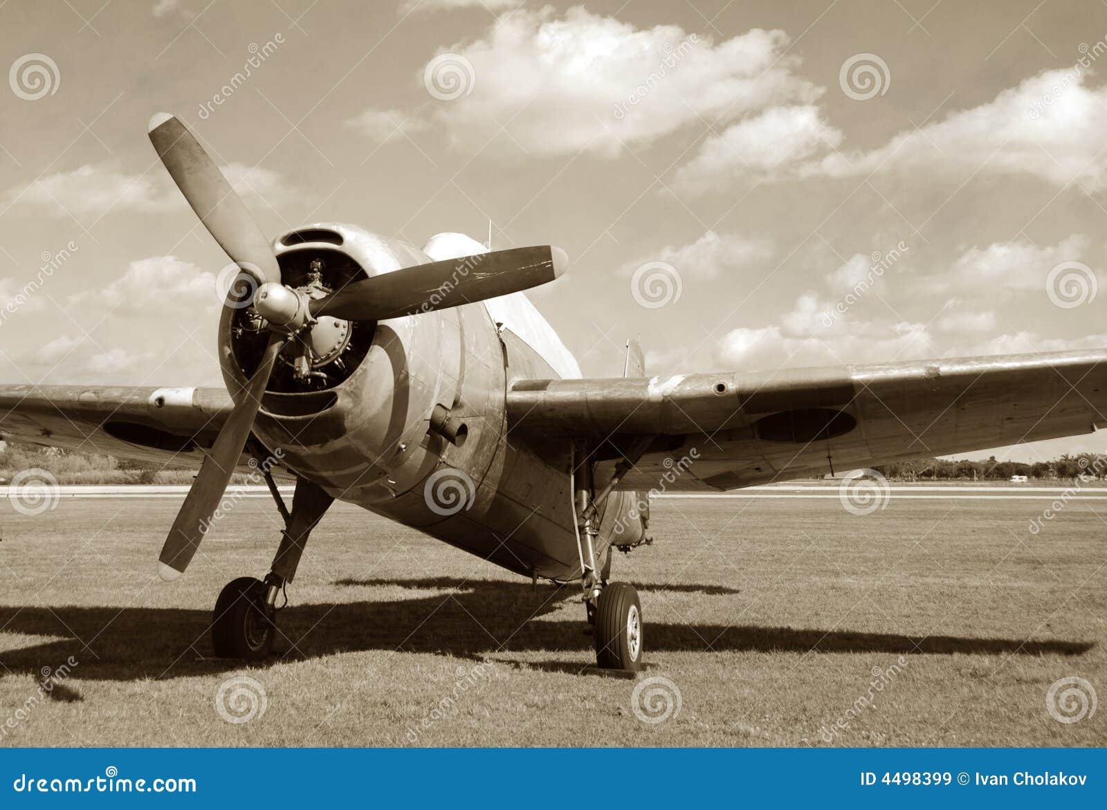 Avião militar do vintage
