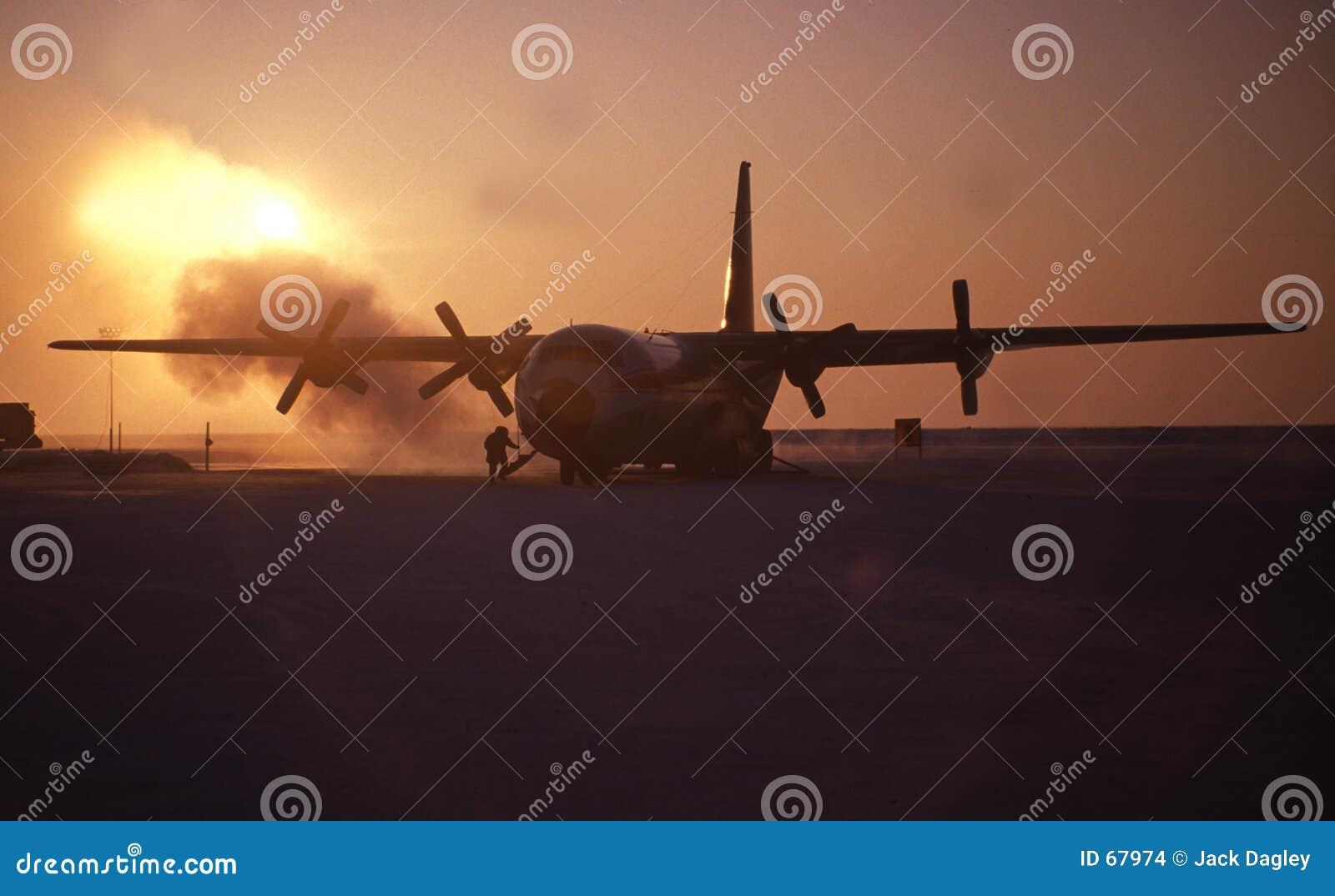 Avião no ártico