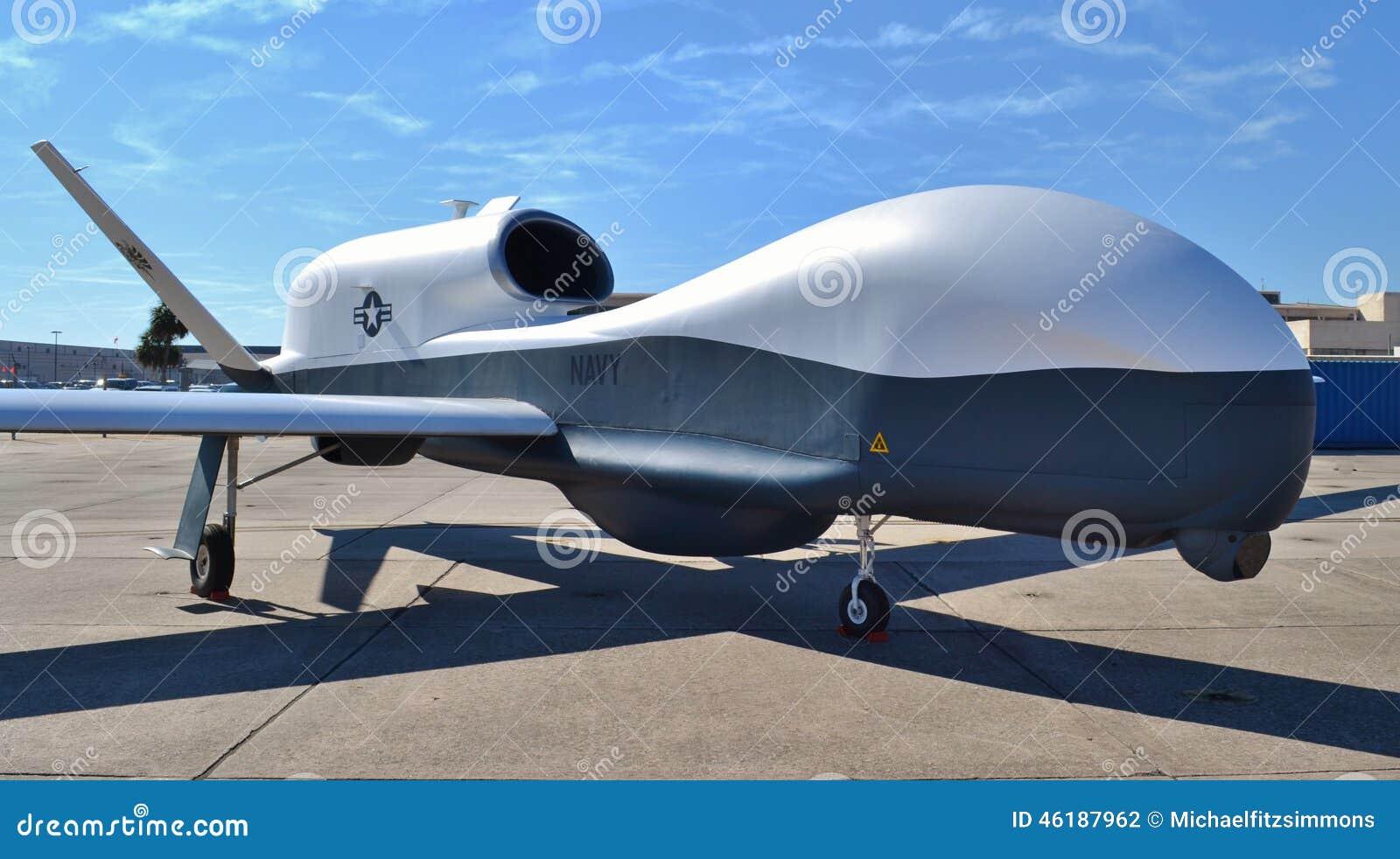 Avión del abejón/de espía de MQ-4C Tritón