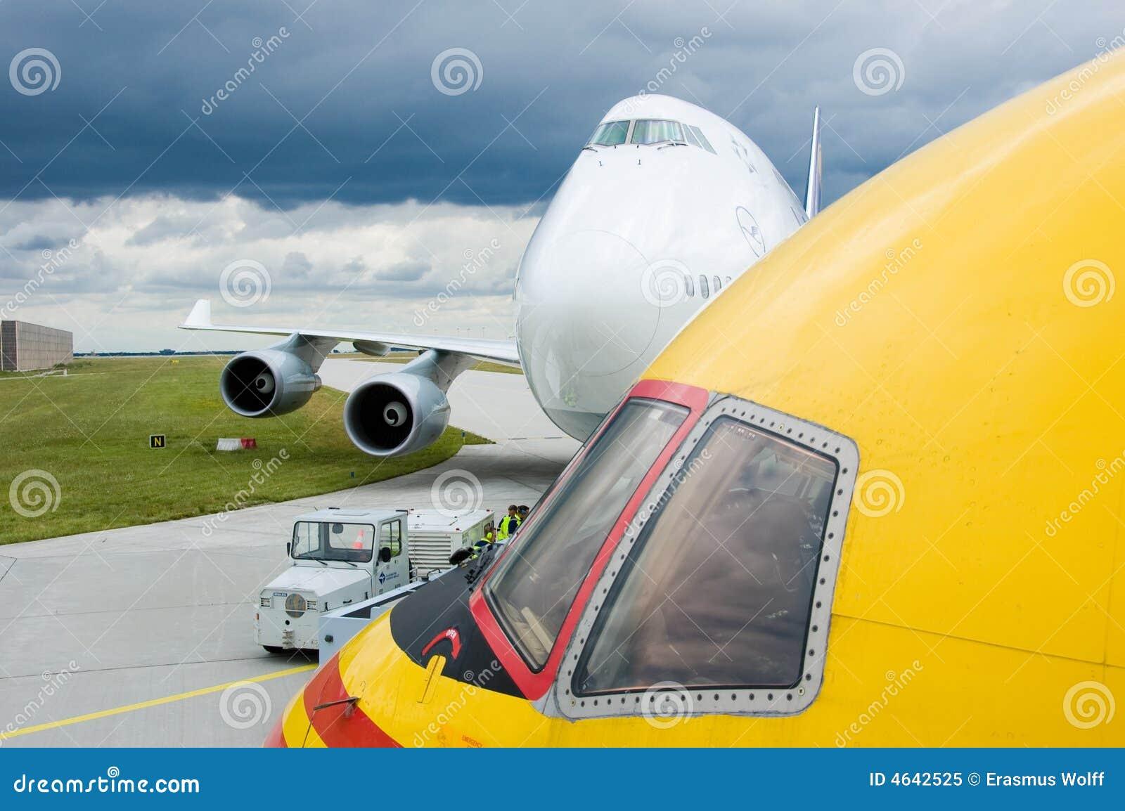 Aviões grandes