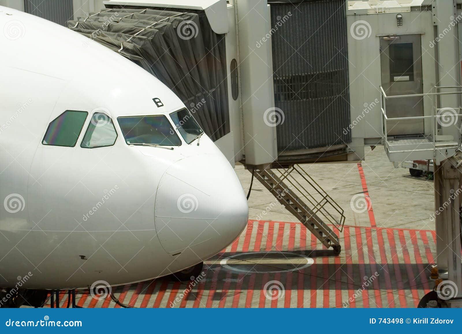 Avion accouplé