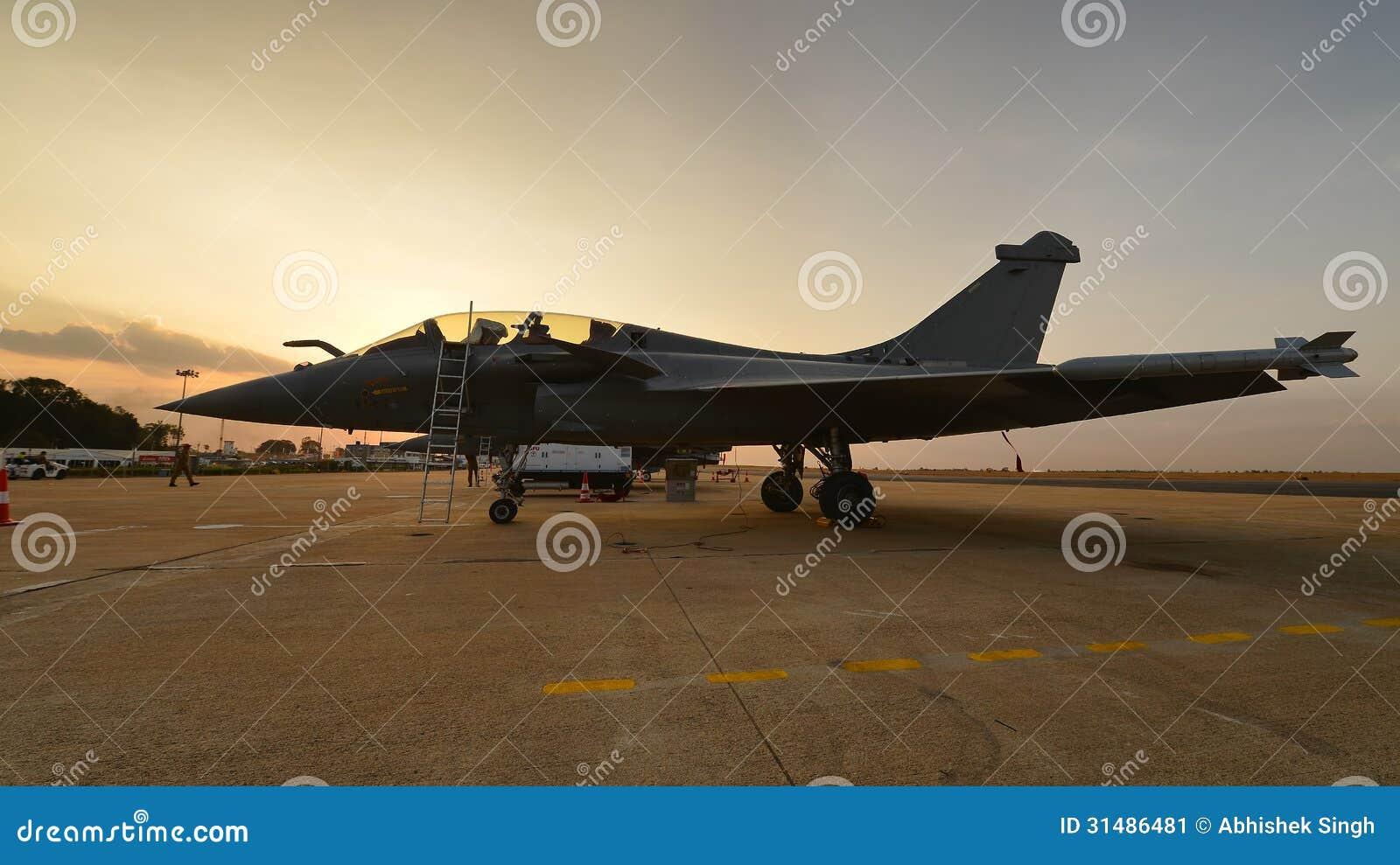 Avion de chasse polyvalent