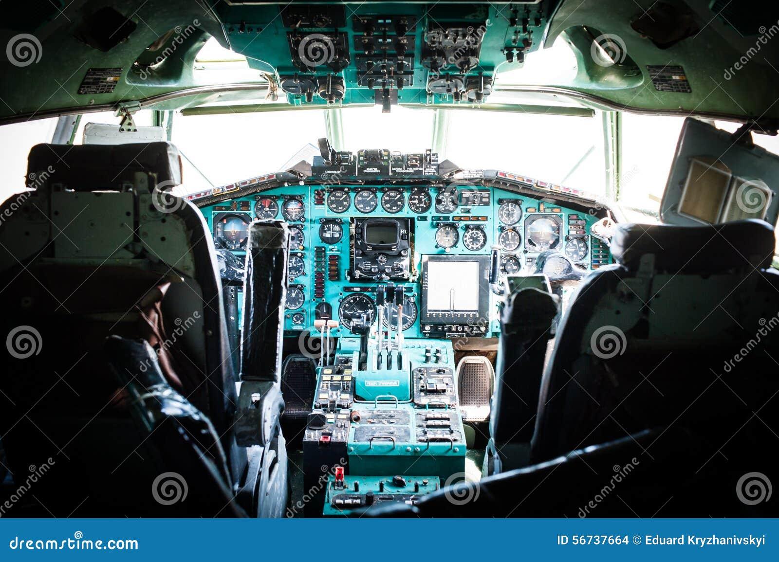 Avion de passagers Tu-154 soviétique massif à moyenne portée