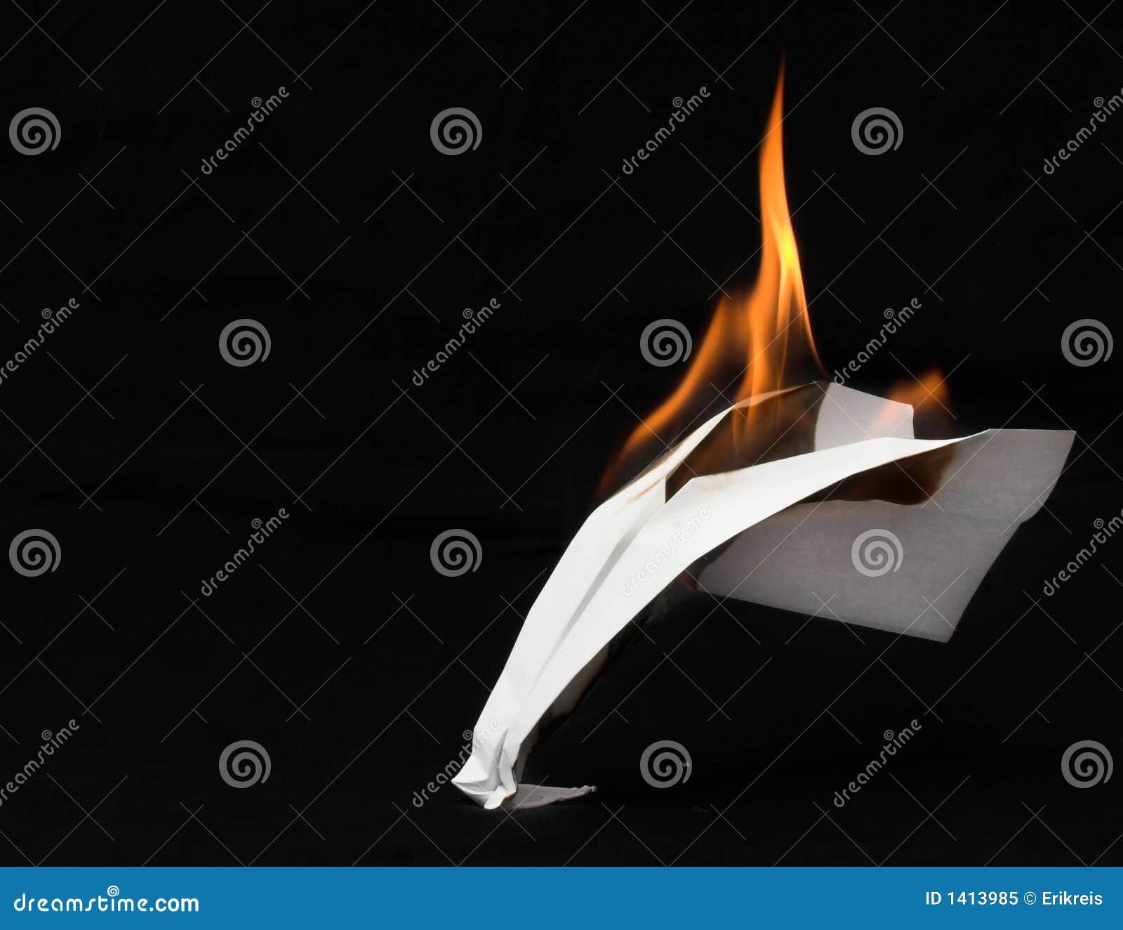 Avion en flammes