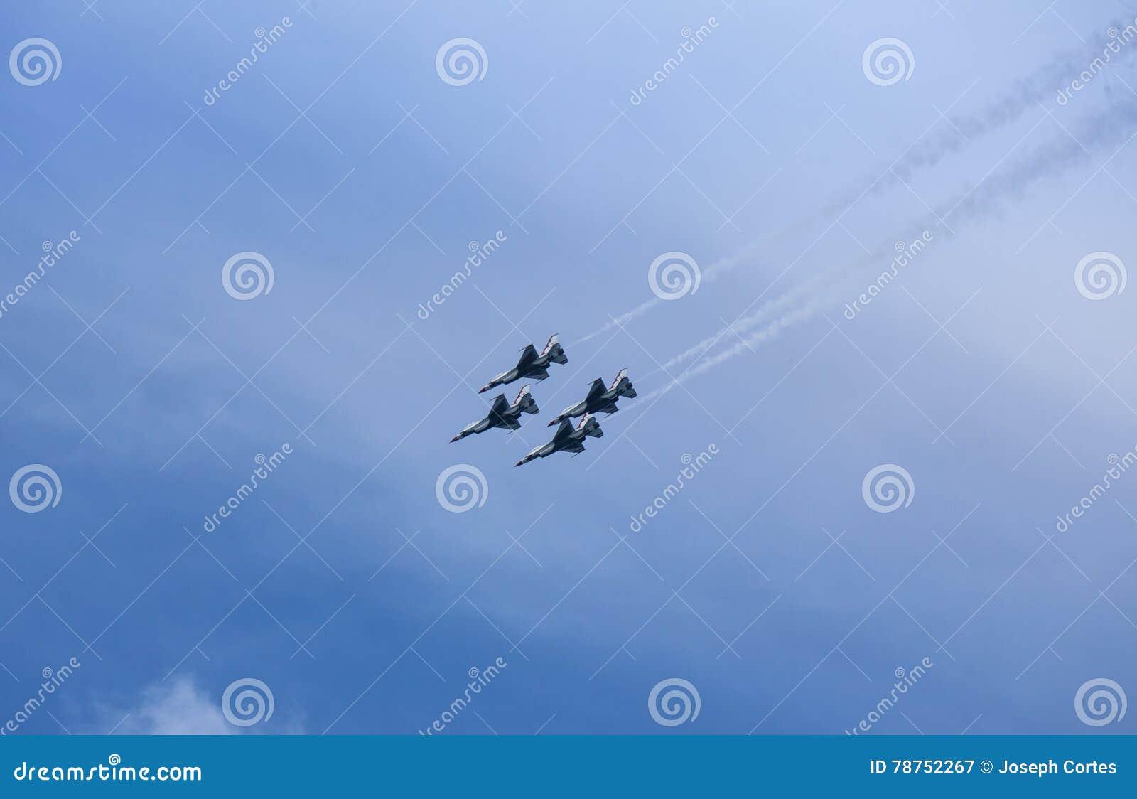 Avions à réaction de Thunderbirds de l Armée de l Air d USA
